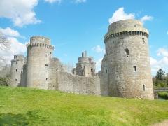 Château de la Hunaudaye - Français:   Le Château de la Hunaudaye dans les Côtes d\'Armor.