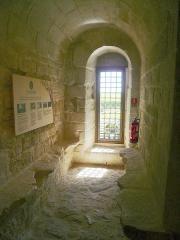 Château de la Hunaudaye - Français:   Une des fenêtres du château de la Hunaudaye à Plédéliac dans les Côtes d\'Armor.
