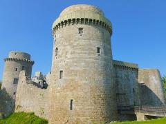 Château de la Hunaudaye - Français:   Château de la Hunaudaye (Plédéliac, limitrophe de Pléven)