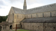 Abbaye de Boquen - Français:   Abbatiale de l\'abbaye cistercienne de Boquen, dans les Côtes-d\'Armor
