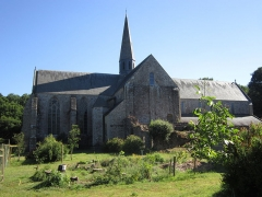 Abbaye de Boquen - Français:   Vue générale de l\'église abbatiale de l\'abbaye cistercienne de Boquen, dans les Côtes-d\'Armor