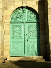 Eglise Saint-Pierre - Brezhoneg: Planiel. Iliz. Dor veur 1