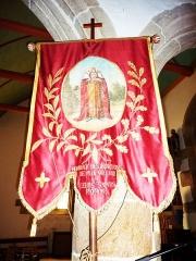 Eglise Saint-Milliau - Français:   Ploumilliau, église Saint-Milliau, bannière de procession en l\'honneur de saint Milliau
