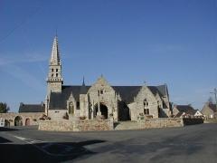 Eglise Notre-Dame des Grâces - Brezhoneg: Pluskelleg. Iliz. P9280016