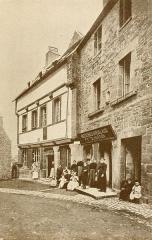 Maison d'Ernest Renan, acutellement musée Renan - English: Ernest Renan's Birthplace at Tréguier