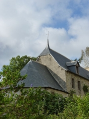 Manoir de Cléhunault - English: Manoir de Cléhunault à Lanrivain, toit d'une aile et de la chapelle attenante