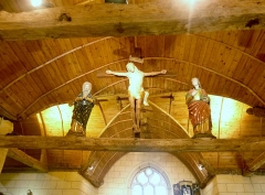 Chapelle Saint-Sébastien de Guernilis - Français:   Briec: chapelle Saint-Sébastien de Garnilis, la poutre de gloire (le Christ en croix entre la Vierge et saint Jean, 3ème quart du XVIIIème siècle)