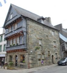 Maison du 16e siècle, dite maison du Sénéchal - Brezhoneg: Karaez, Ti ar Senechal