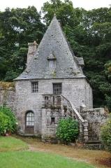Manoir de Tronjoly - Deutsch: Manoir de Tronjoly, Haus des ehemaligen Schlosskaplans