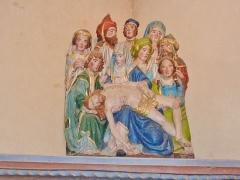 Eglise Saint-Hilaire - Français:   Clohars-Fouesnant: église paroissiale Saint-Hilaire (XVIe), groupe statuaire de la Déploration (10 personnages), influence allemande ou brabançonne