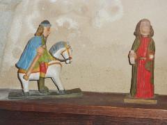 Eglise Saint-Hilaire - Français:   Clohars-Fouesnant: église paroissiale Saint-Hilaire, petites statues, personnages non identifiés