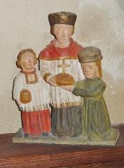 Eglise Saint-Hilaire - Français:   Clohars-Fouesnant: église paroissiale Saint-Hilaire, groupe de petites statues, personnages non identifiés
