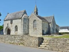 Eglise Saint-Hilaire - Français:   Clohars-Fouesnant: l\'église paroissiale Saint-Hilaire (XVe et XVIe siècles): vue d\'ensemble