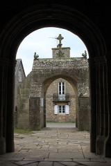 Eglise Saint-Onneau - Français:   Monument aux morts, Esquibien, Audierne Bretagne