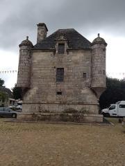 Prétoire ou prison seigneuriale - Brezhoneg: Toull bac'h Gwerliskin savet e 1640 gant Vincent du Park, Markis Lokmaria, Aotrou Gwerliskin.