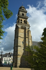 Eglise Saint-Thomas-de-Cantorbéry - English: Tower of the Church of St Thomas Becket, Landerneau.