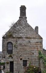Hôtel Gauthier - English: The granite stone house in Locronan, Finistère department, Bretagne, France.