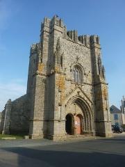 Ruines de la tour de Saint-Guénolé - Français:   Penmarch: la Tour carrée de Saint-Guénolé