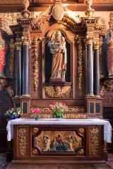 Eglise Saint-Pierre et chapelle funéraire - Brezhoneg: Iliz Sant-Pêr Pleiber-Krist: aoter Sant Jozef.