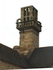 """Chapelle Notre-Dame de Languivoa - Deutsch: Turm der """"Chapelle de Languivoa"""" in Lanvern"""