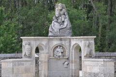 Eglise Saint-Paban de Lababan - English: Grave in Lababan (France, Brittany)