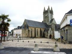 Eglise Notre-Dame-de-l'Assomption ou de Saint-Michel - Français:   Quimperlé Eglise Notre-dame de l\'Assomption Place Saint-Michel [ville haute]