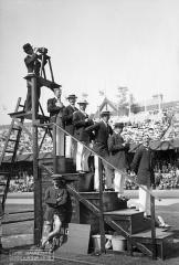 Manoir de la Haye - English: 1912 Olympic games in Stockholm. Manual chronographs and photographer.  Valhallavägen 79, Norra Djurgården, Stockholms Stadion, Stockholm