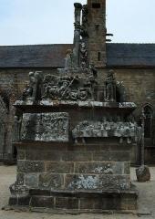 Chapelle Notre-Dame-de-Tronoën - Le calvaire de Notre-Dame de Tronoën. XVe siècle.