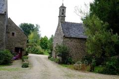 Manoir de Mézedern - Français:   le manoir de Mézedern, Plougonven, Finistère, Bretagne, France (la chapelle)