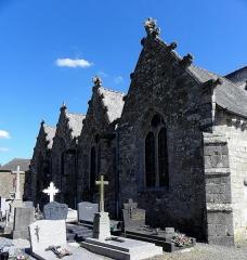 Eglise Saint-Léon - Français:   Église Saint-Léon de La Baussaine (35). Enfilade des chapelles nord.
