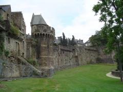 Tour Nichot -  remparts de Fougères