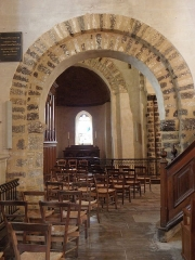 Eglise Notre-Dame-de-l'Assomption - Église Notre-Dame de Livré-sur-Changeon (35). Vue de l'absidiole nord depuis le collatéral septentrional.