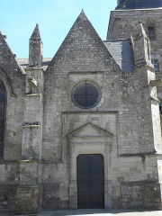 Eglise Saint-Patern - Extérieur de l'église Saint-Patern de Louvigné-de-Bais (35). 1ère chapelle septentrionale.