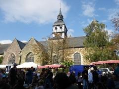 Eglise Sainte-Mélaine -  l'eglise de pacé jour de braderie 10/10/2010