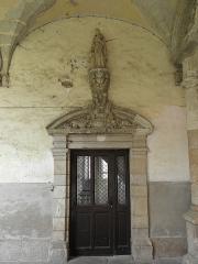 Ancienne abbaye Saint-Sauveur - Portes à l'angle sud-ouest du cloître de l'abbaye Saint-Sauveur de Redon (35).