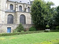 Basilique Saint-Sauveur -  Basilique Saint-Sauveur et jardins de l'Hôtel de Blossac à Rennes (35).