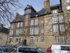 Maison, dite aussi hôtel Racapé de la Feuillée -  place des lices