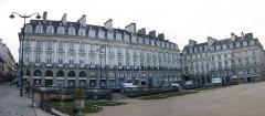 Place du Parlement de Bretagne -  les immeubles de la place du palais a rennes