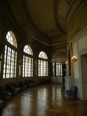 Théâtre et immeubles dits Galeries du Théâtre - Intérieur du foyer de l'Opéra de Rennes.