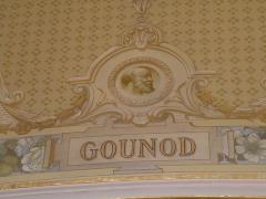 Théâtre et immeubles dits Galeries du Théâtre - Portrait de Charles Gounod dans le foyer de l'Opéra de Rennes.