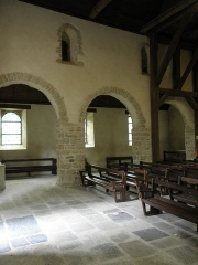 Ancienne église Saint-Lunaire - Français:   Costale nord de la nef romane de la vieille église de Saint-Lunaire (35).