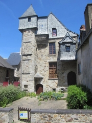 Ancien Hôtel du Bât ou du Bol d'Or - English: Old House in Vitré