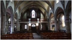 Chapelle de la Clarté - English: Organ in the church of the city BAUD