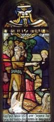 Eglise Saint-Jean-Baptiste - Français:   Maîtresse-vitre de l\'église Saint-Jean-Baptiste de Le Croisty (56). Détail. Saint-Jean-Baptiste désignant le Christ à ses disciples.