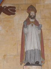 Eglise Saint-Jean-Baptiste - Français:   Statue d\'un saint évêque l\'église Saint-Jean-Baptiste de Le Croisty (56).