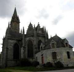 Eglise Notre-Dame-de-Quelven et abords - Chevet de la basilique Notre-Dame de Quelven, commune de Guern (56).