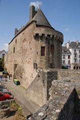 Porte-prison (anciennement porte de Broérech) -  56700 Hennebont, France