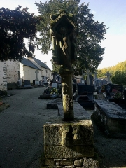 Cimetière de la chapelle Sainte-Croix -  Morbihan Josselin Chapelle Sainte Croix Calvaire