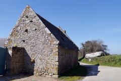 Dolmen, à Kerlud - English: Locmariaquer, France. Dolmen de Kerlud.