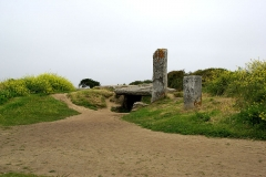 Dolmen des Pierres-Plates - English: Neolithic passage graves Les Pierres Plates in Brittany, France
